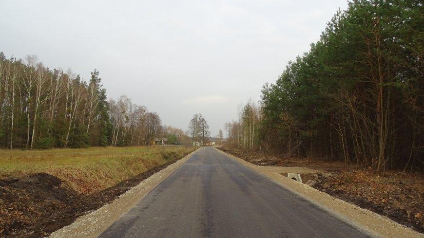 Zdjęcie przebudowanej drogi Miodne - Linów.