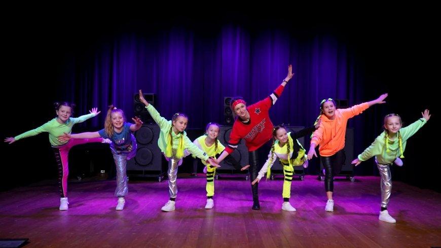 Zwoleń zakręcony na taniec – sukces zwoleńskich tancerek w ogólnopolskim wydarzeniu!